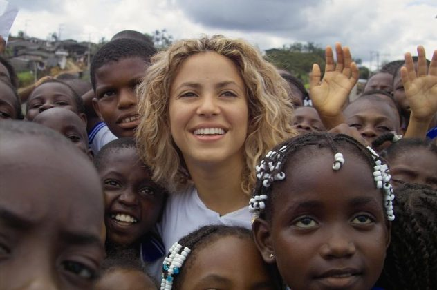 "Shakira is a humanitarian. Her foundation, homonymous to her album ""Pies Descalzos,"" helps poor children in Colombia to get an education. (Photo: Instagram)"